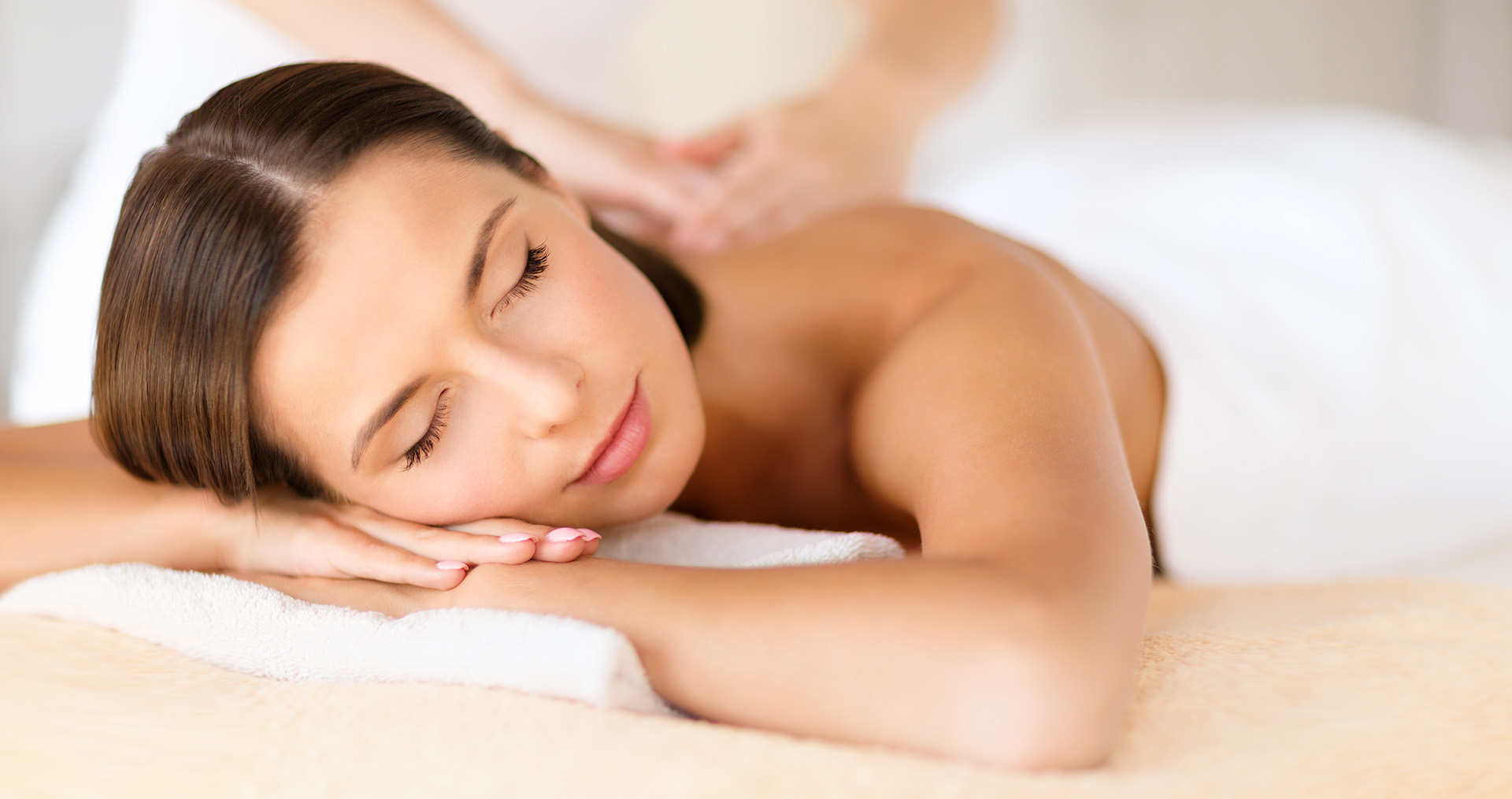 Los Angeles area spa offers Swedish Massage, Firm Pressure Massage, and Hot Stone Massage.